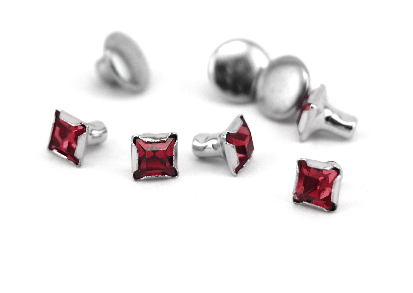 Czech Crystal Snap Rivets<br>Garnet<br>Square Shape, 5 pack