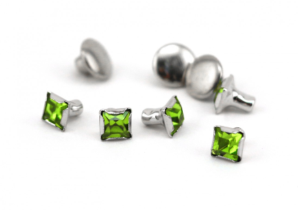 Czech Crystal Snap Rivets<br>Emerald<br>Square Shape, 5 pack